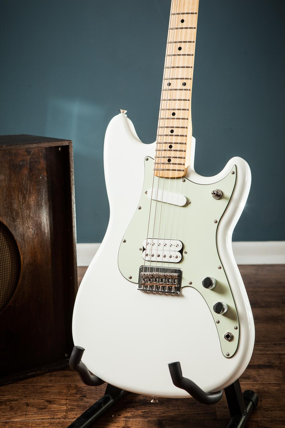 fender 2016 white duo sonic offset h s electric guitar mim duo sonic mustang hs ebay. Black Bedroom Furniture Sets. Home Design Ideas